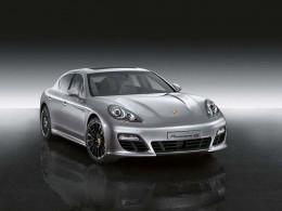 Porsche Panamera: paket Sport Design paket a tovární Powerkit pro Turbo
