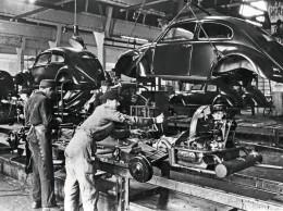 Před 75 lety ve Wolfsburgu: Zahájení sériové výroby modelu Volkswagen Brouk