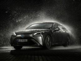 První vodíkový vůz Toyota Mirai přijíždí na český trh