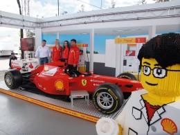 Shell odhalil monopost Formule F1 z kostek LEGO