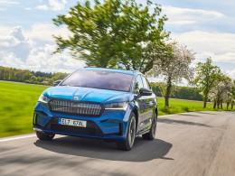 Škoda Enyaq iV dostala 2 elektromotory a pohon 4x4, prodej startuje