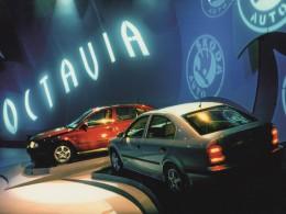 Škoda Octavia slaví čtvrt století na trhu