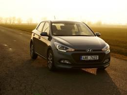Test: Hyundai i20 1.4 CRDi - Fabii po krku
