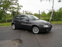 Test ojetiny: Alfa Romeo 147 – levná a bláznivá
