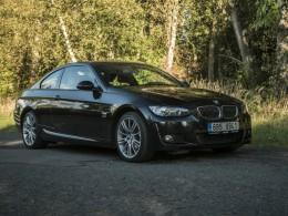 Test ojetiny: BMW 330i xDrive e92 – emotivní loučení