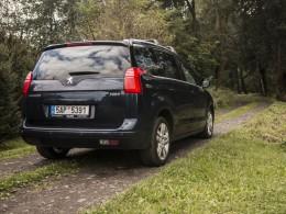 Test ojetiny: Peugeot 5008 1.6 HDI ETG6 – průměrné auto, nadprůměrné MPV