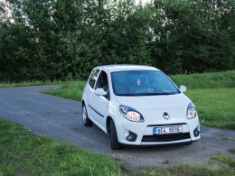 Test ojetiny: Renault Twingo II 1.2 16V - malé, ale šikovné