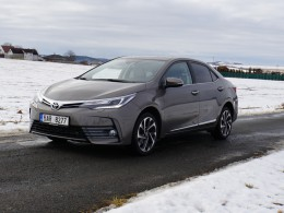 Test: Toyota Corolla 1.6 Valvematic - už víme, proč je nejprodávanějším autem na světě