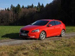 Test: Volvo V40 T2 - bohatýrský základ