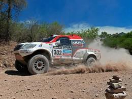 Úvodní prolog Rallye Dakar přerušila nehoda. Kamiony neodstartovaly.