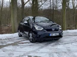 Videotest: Honda Jazz e:HEV - nejvykutálenější auto letošního roku