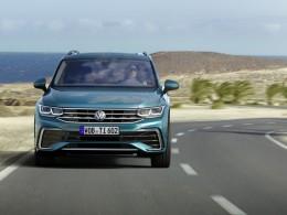 Volkswagen Tiguan prodělal modernizaci ve stylu Golfu