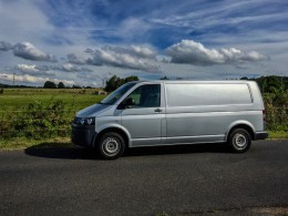 Test ojetiny: Volkswagen Transporter 2.0 TDI (Long) – duše osobáku a 3 europalety