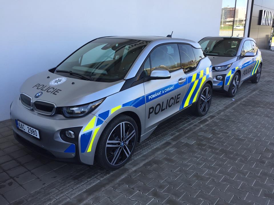 Máme to potvrzené! Česká policie bude opravdu zkoušet elektromobily. Zdarma!