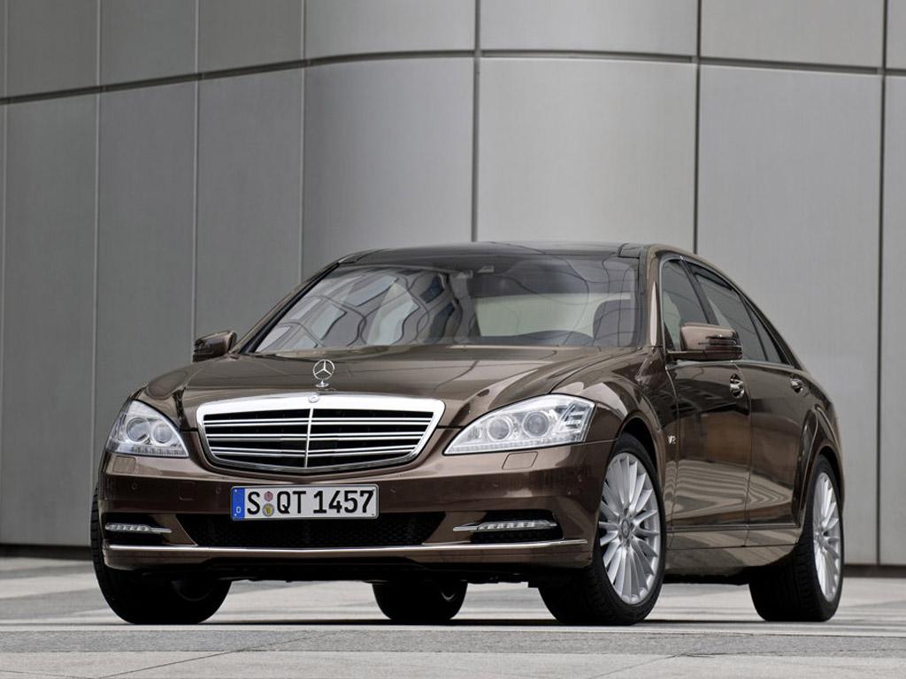 Mercedes-Benz představil dva nové motory. A Jaké!