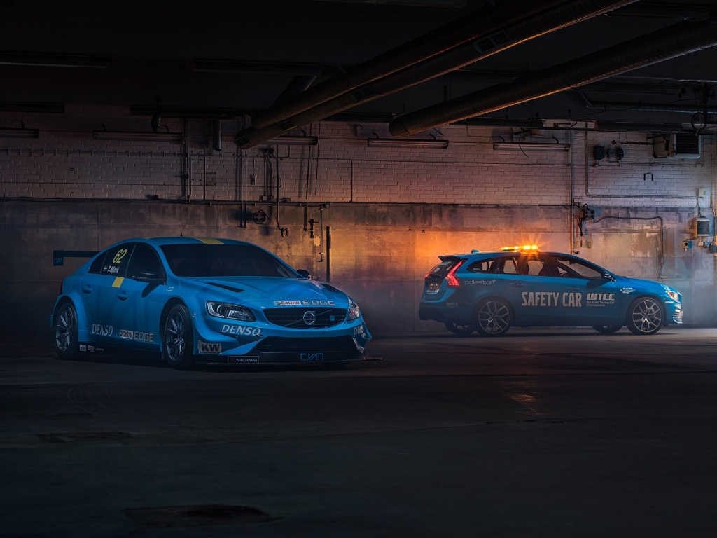 Nejbezpečnější safety car? Volvo V60 Polestar