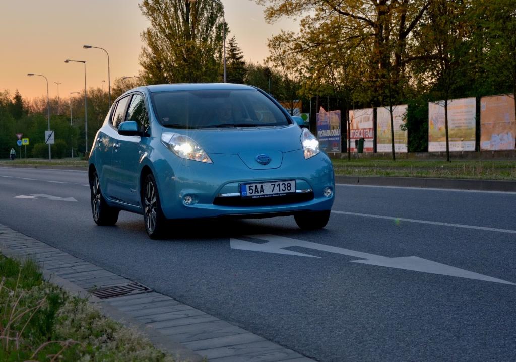 Nissan Leaf 30 kWh ujel za 24 hodin celkem 1 362 km