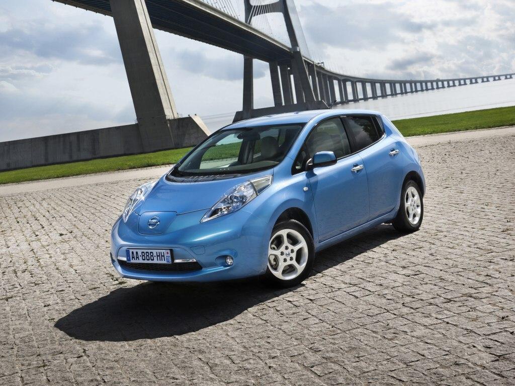 Nissan Leaf dostane modrý majáček
