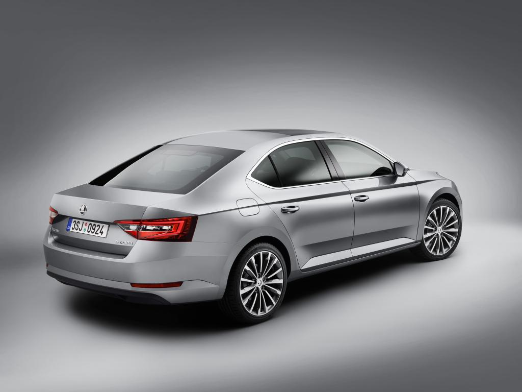 Nová Škoda Superb - máme kompletní ceník