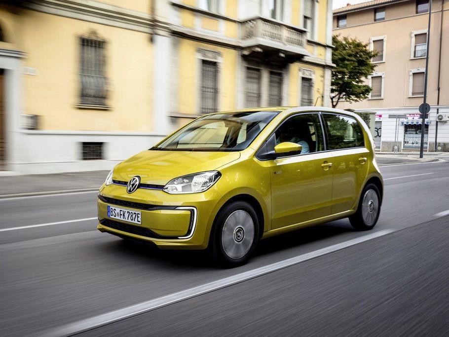 Nový Volkswagen e-up! vstupuje do prodeje, k dostání je v zaváděcí limitované edici.