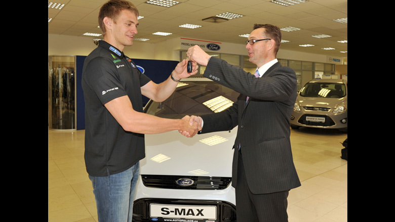 Ondřej Synek přesedl do Fordu S-MAX!