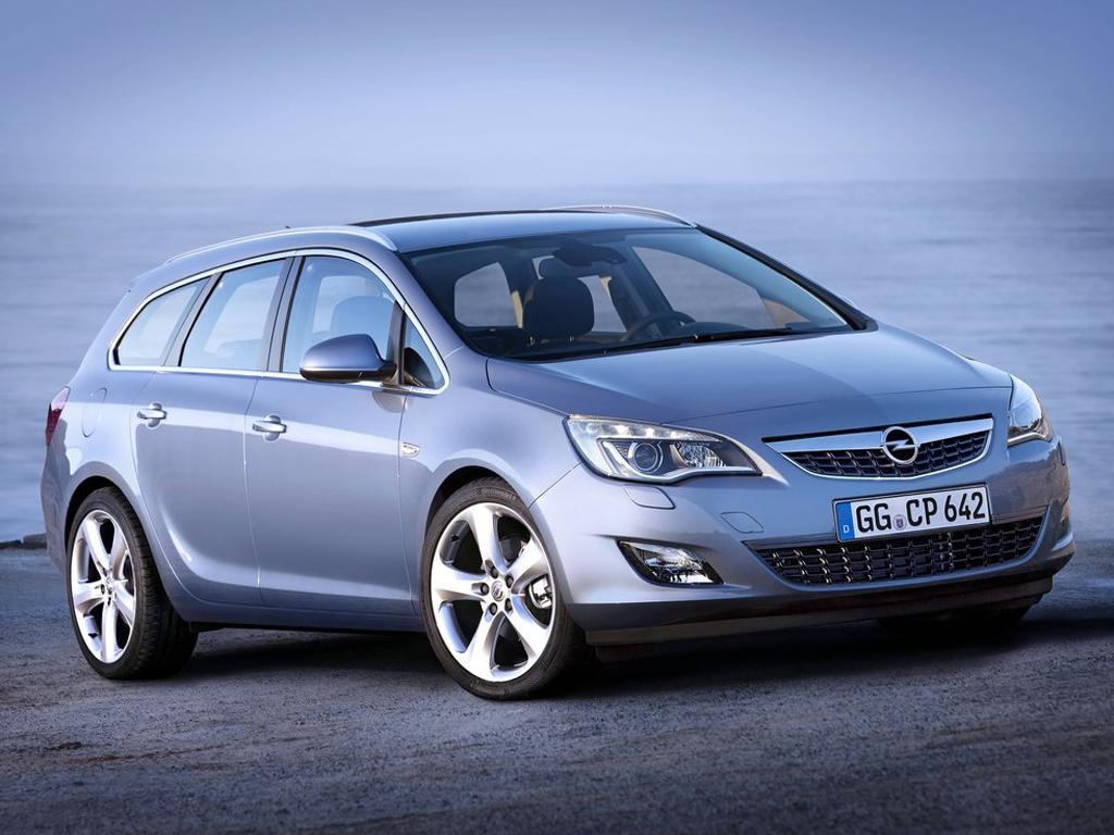Opel Astra Sports Tourer: tak kombi už je venku