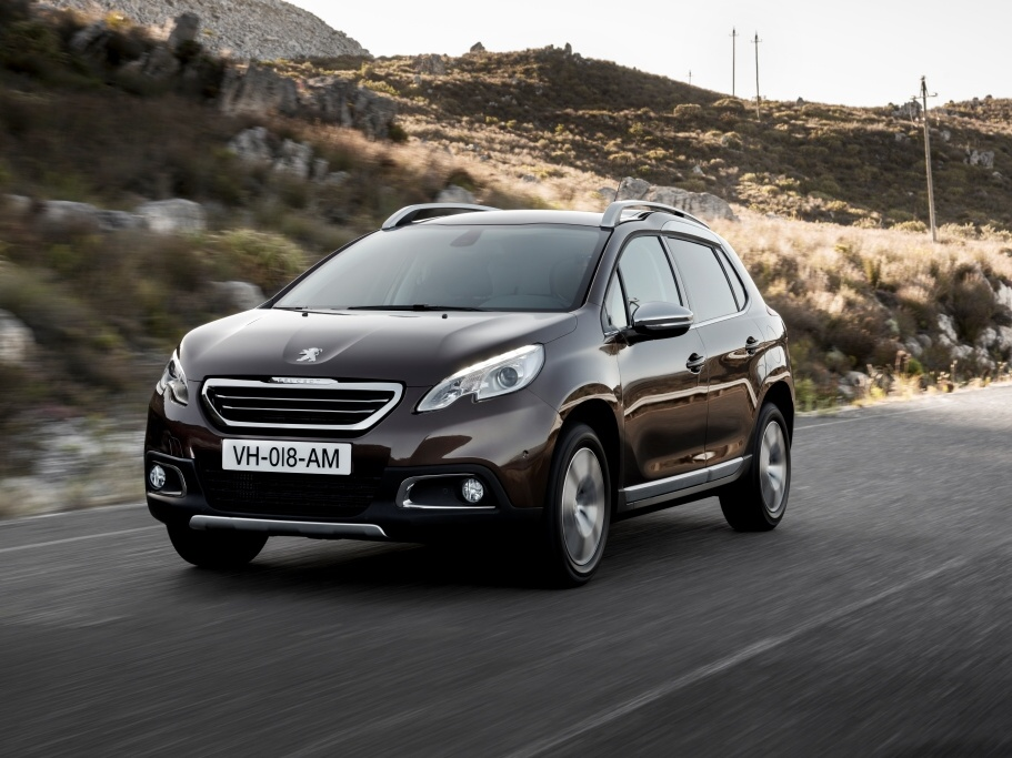 Peugeot 2008 slaví úspěch v podobě 200 000 vyrobených vozů