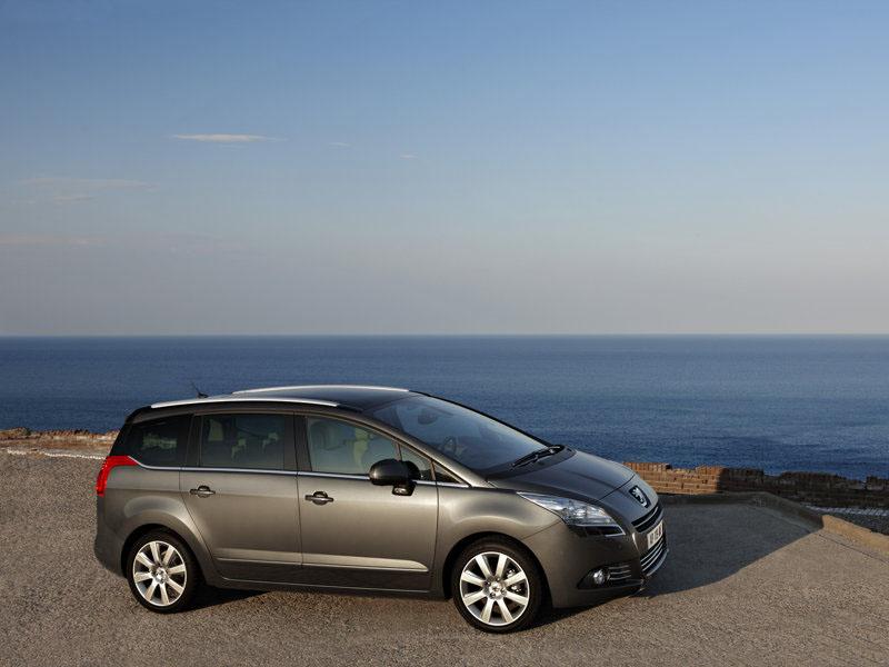 Peugeot 5008: Čert aby se v těch číslech vyznal...