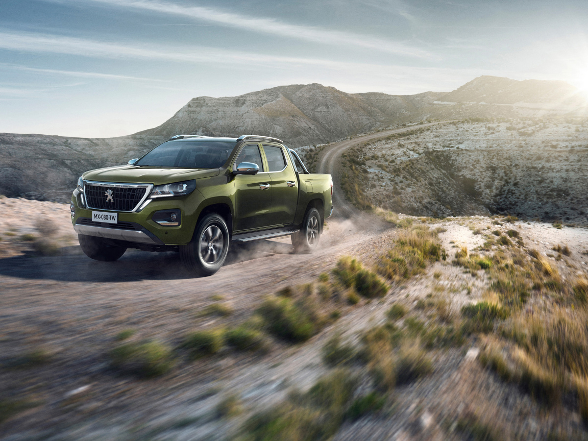 Peugeot představil pick-up Landtrek, co Evropy se ale nedostane