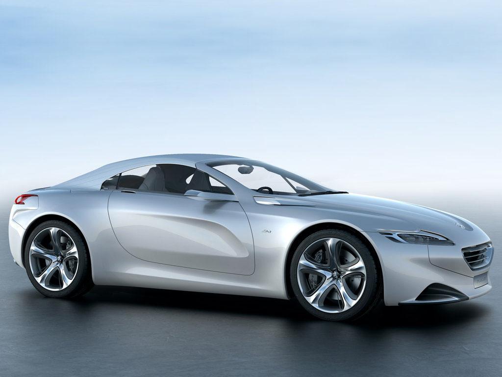 Peugeot SR1 je křišťálovou koulí blízké budoucnosti