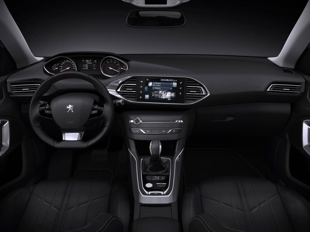 Peugeoty nově komunikují v češtině