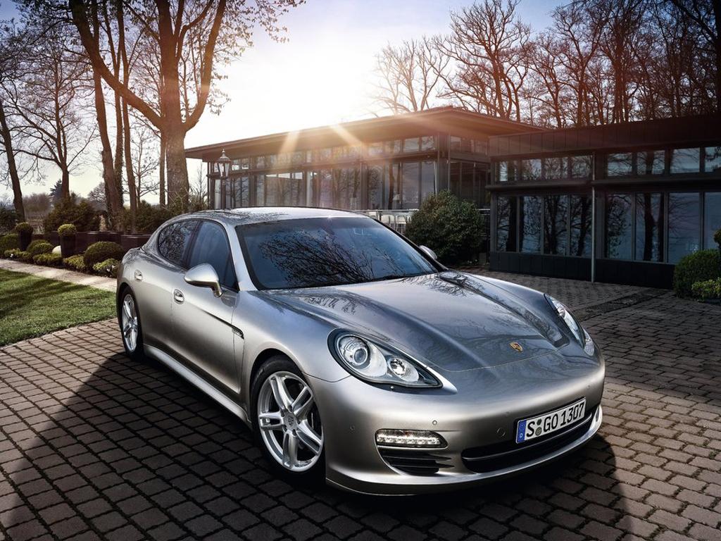 Porsche Panamera: osmiválce s nižší spotřebou