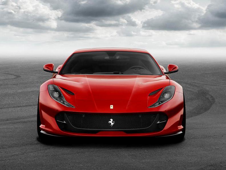 Přichází poslední samuraj – Ferrari 812 Superfast