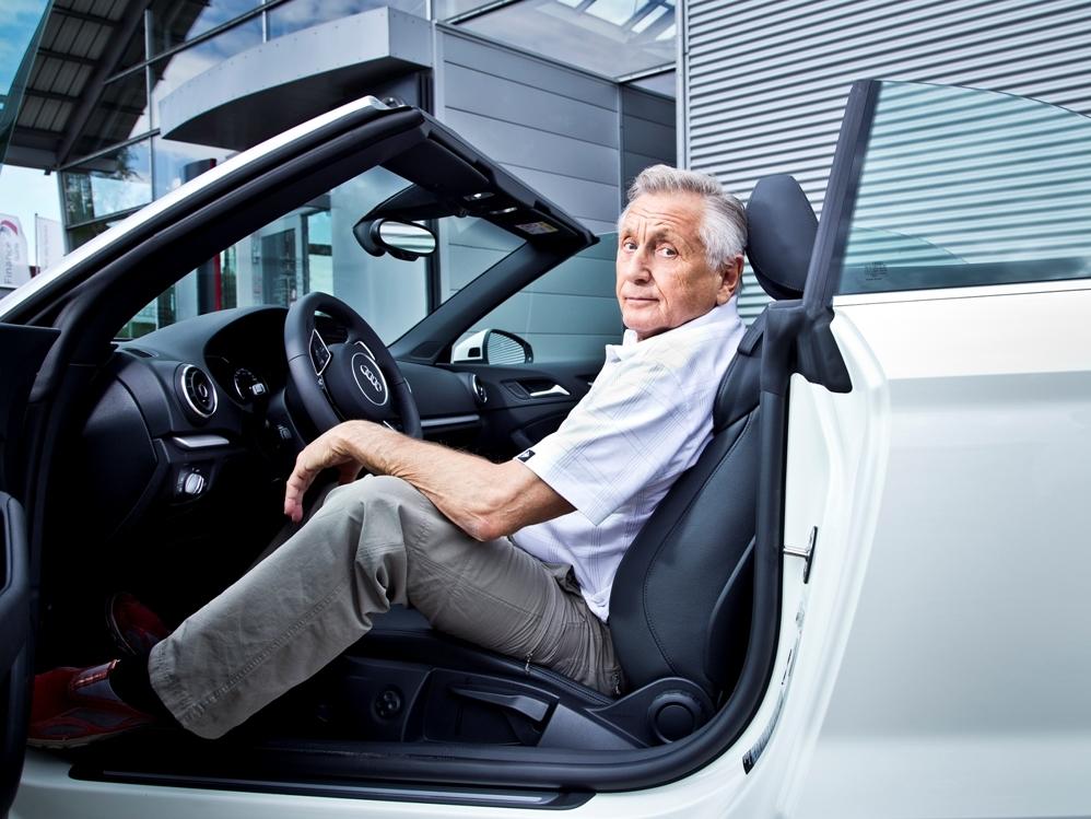 Režisér Jiří Menzel řídí Audi A3 Cabriolet