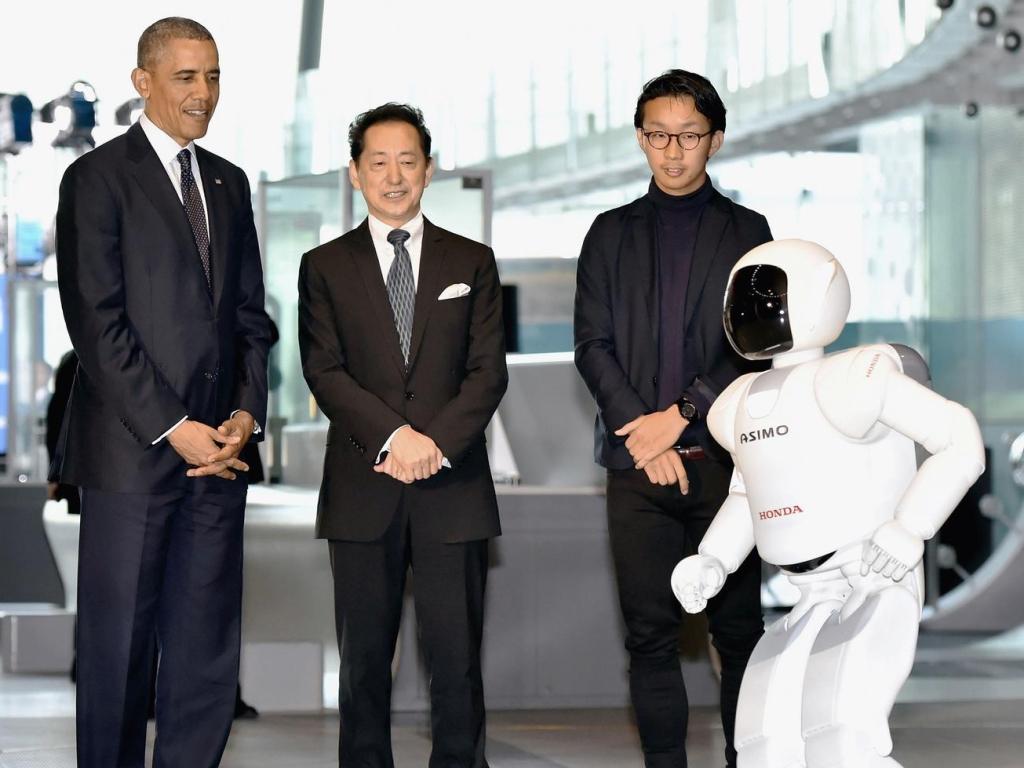 Robot ASIMO pozdravil amerického prezidenta Obamu