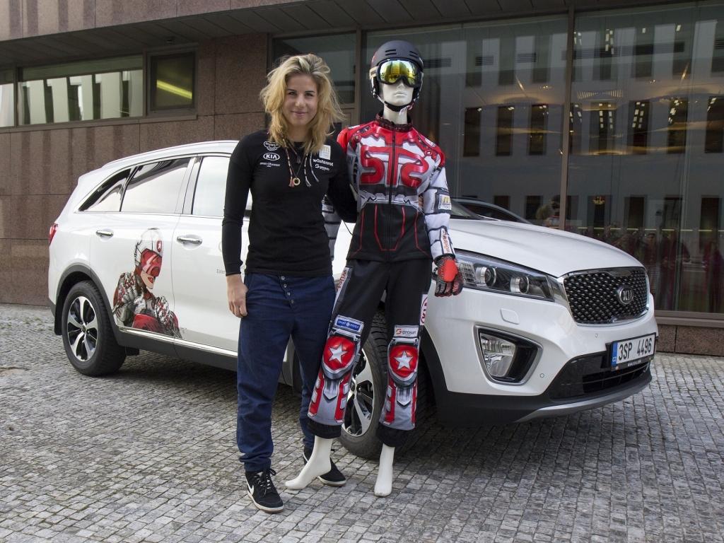Snowboardačka Ester Ledecká jezdí modelem Kia Sorento