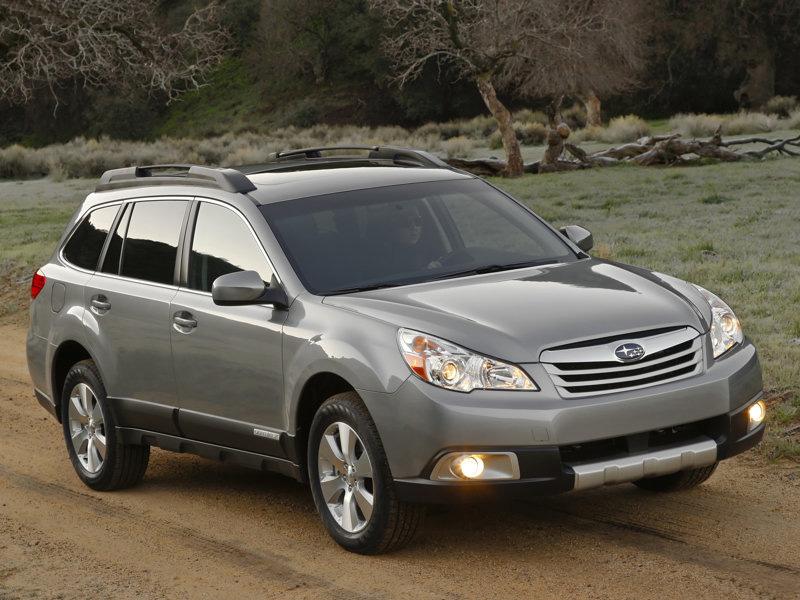 Subaru Legacy popáté. Hodně přibralo, šestiválec jen pro Outback