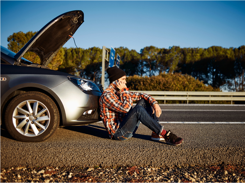Těchto 10 věcí mějte v autě nad rámec povinné výbavy