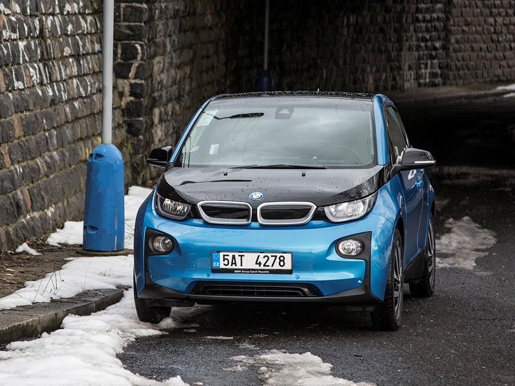 Test: BMW i3 (33 kWh) – dnešní budoucnost