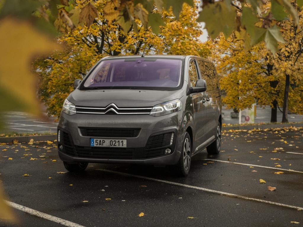 Test: Citroën SpaceTourer 2.0 BlueHDi 150 S&S – Multivane, hlásím problém!