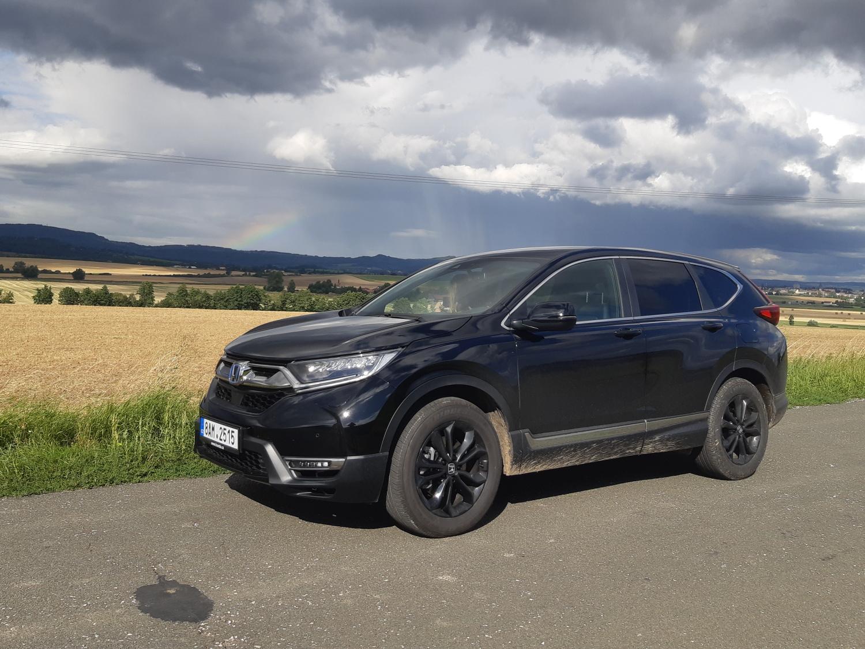 Test: Hybridní Honda CR-V Black Edition je pro milovníky černé a pohodové jízdy