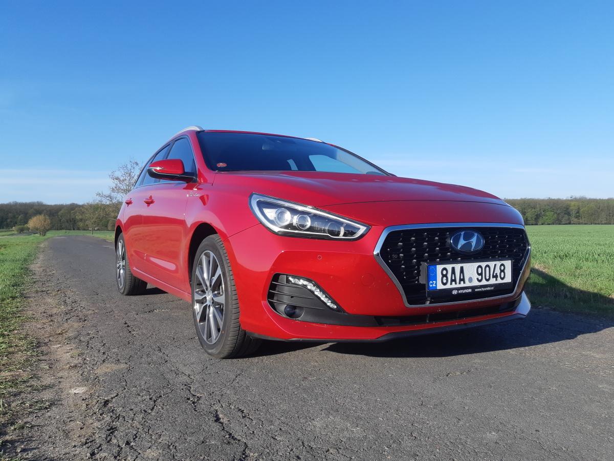 Test: Hyundai i30 kombi 1.4 Turbo All Inclusive je po čertech výhodná koupě