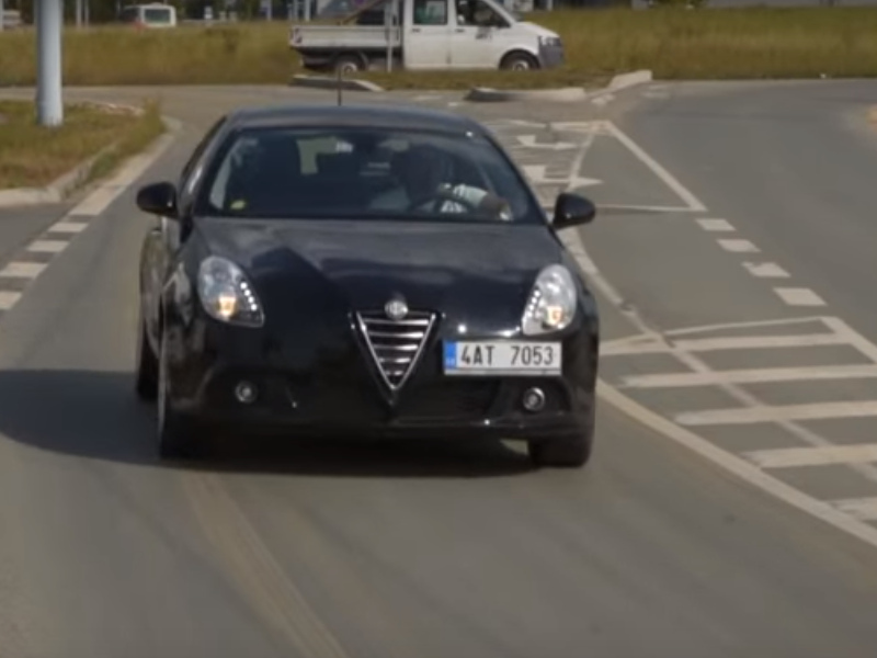 Test ojetiny: Alfa Romeo Giulietta 1.4T (video)