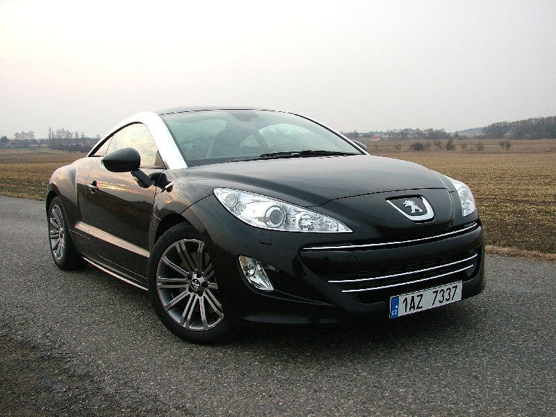 Test: Peugeot RCZ vs. Honda CR-Z