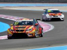 Petr Ful�n a SEAT Leon Cup Racer m��� do Brna