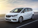 Opel Zafira po faceliftu ve stylu Astry