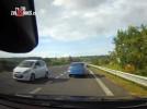 Jízda v protisměru na dálnici není v ČR vyjímečná, vyžaduje okamžitou reakci