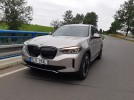 Test: BMW iX3 - Mnichov skóruje