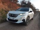 Test: Elektrický Peugeot e-2008 umí být plnohodnotným vozem, tedy kromě jedné maličkosti