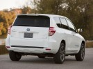 Fotografie k �l�nku Toyota a Tesla hodlaj� vyr�b�t elektromobil RAV4